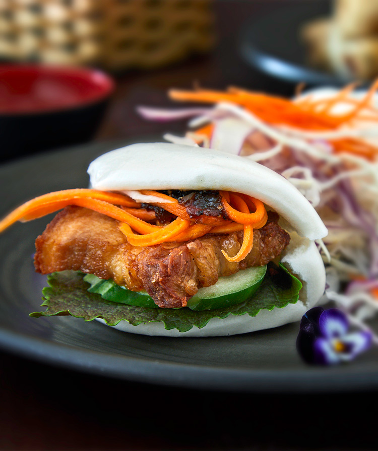 Authentic Vietnamese Bao Bun Crispy Pork Belly